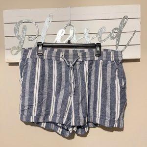 Old Navy - blue stripe linen shorts
